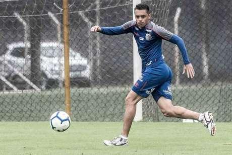 Santos tem entrave para liberar Matheus Ribeiro à Chape (Foto: Ivan Storti)