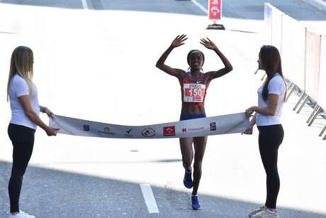 Brigid Kosgei ganha a 95ª São Silvestre entre as mulheres