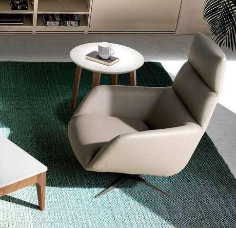 32. A poltrona giratória é ótima para escritórios. Foto: Intense Mobiliário e Interiores