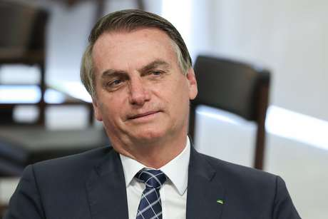 """Para a Economist, Bolsonaro foi eleito """"porque eleitores estavam traumatizados com a pior recessão da história do país, pela criminalidade e pelas revelações de corrupção"""""""