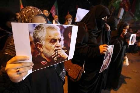 Protesto contra a morte de Soleimani em Karachi, Paquistão