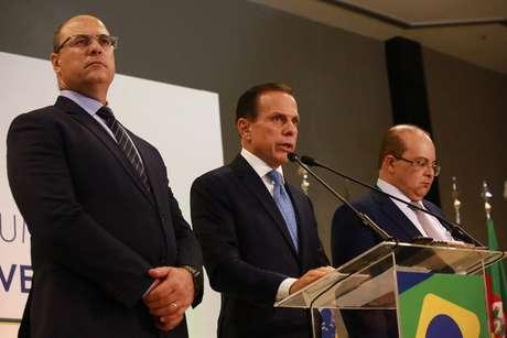 Governadores eleitos Wilson Witzel, João Doria e Ibaneis Rocha durante o Fórum de Governadores