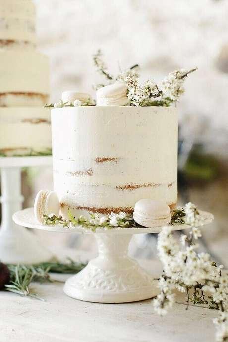 22. Delicado bolo de aniversário de casamento simples – Foto: Pinterest