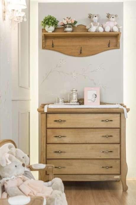 32. Que tal deixar o quarto de bebê ainda mais lindo com os móveis retrô? – Projeto: Larissa Franco Arquitetura