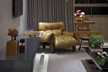 34. Sala de estar com poltrona mole – Projeto: Andrea Buratto