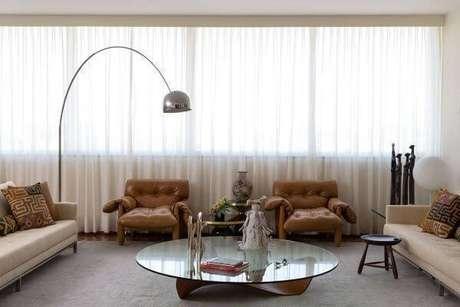 35. Decoração de sala de estar com luminária – Projeto: Diptico