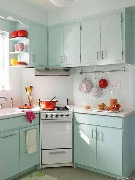 41. Decoração simples para cozinha retrô – Foto: Chloe Elan