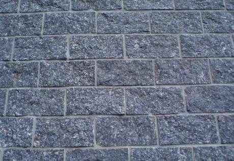 3. Modelo de pedra miracema cinza. Fonte: Pinterest
