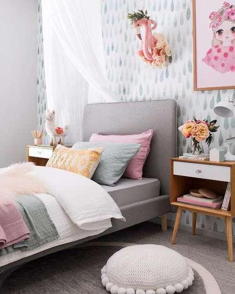10. O quarto é um ótimo lugar para usar os móveis retrô, porém, cuidado com as cores! – Projeto: Tarina Wool
