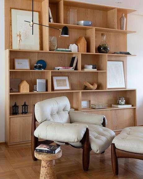24. Poltrona e neutra na casa – Via: Pinterest