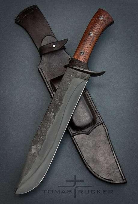 24. Os tipos de facas de cor escura são lindos. Foto: Tomas Rucker