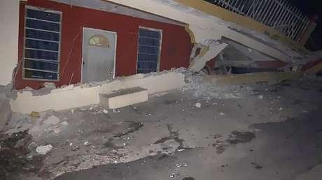 Casa destruída por terremoto em Guanica, em Porto Rico 07/01/2020 REUTERS/Ricardo Ortiz