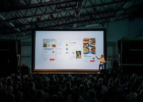 Pensando em promover debates sobre esses e outros tópicos do mundo da inovação, muitos eventos dão palco para líderes de grandes empresas e startups para palestras e workshops
