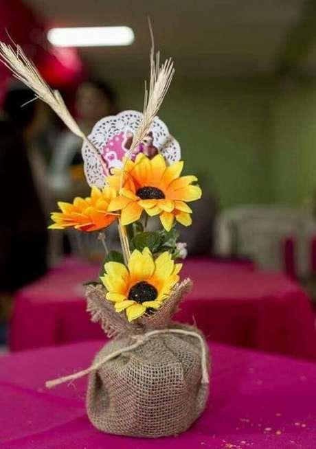 20. Decoração tema de festa girassol simples. Fonte: Pinterest
