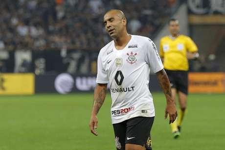 Emerson Sheik foi campeão da Libertadores e do Mundial pelo Corinthians, em 2012 (Foto: Daniel Vorley/AGIF)