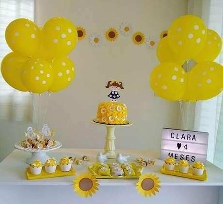 75. Decoração simples infantil para festa tema girassol. Fonte: Pinterest