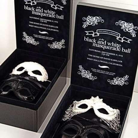 47. Convite baile de máscaras – Via: Zazzle