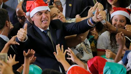 Cientista político diz que Bolsonaro fez o possível para ter uma relação de conflito com o Congresso
