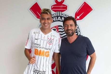 Cantillo foi o terceiro reforço anunciado pelo Corinthians.