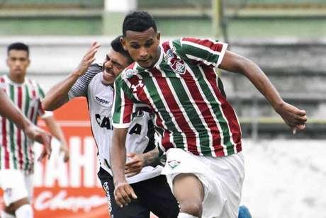 Zé Ricardo é tratado como uma das grandes apostas de sua geração (Foto: Reprodução/Fluminense)