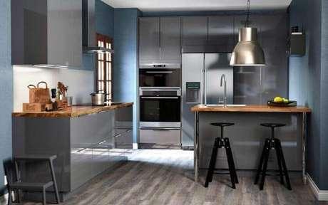 22. A luminária para cozinha pode dar um toque especial na decoração