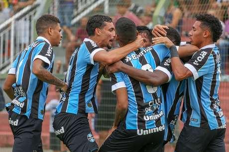 Grêmio goleia o União Mogi.