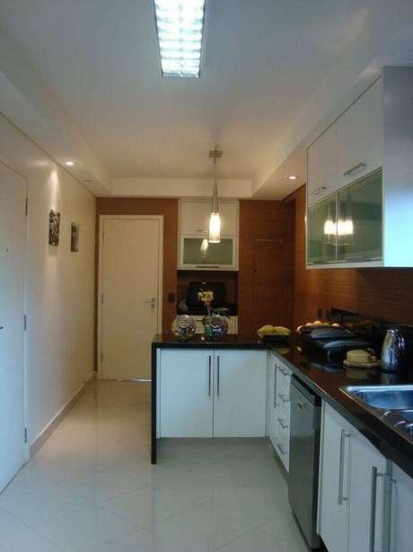 52. Luminária para cozinha com pendente