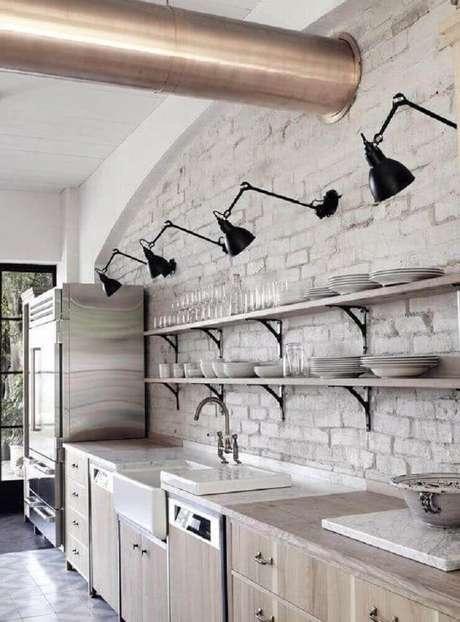 17. Invista em modelos super modernos de luminária para cozinha contemporânea