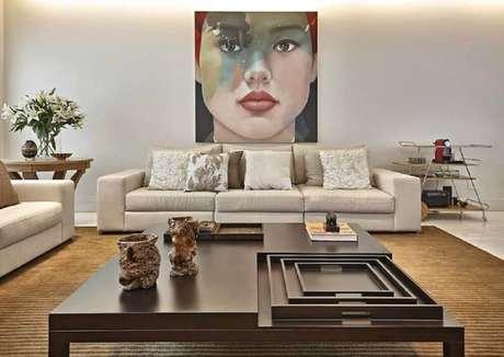 30. Decoração com quadros para sala grande. Fonte: Pinterest