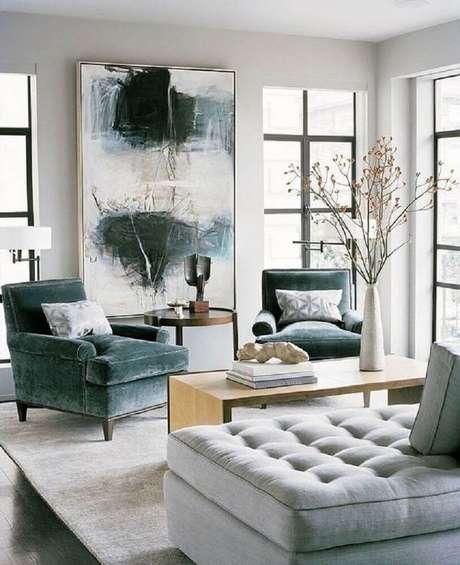35. Quadros grandes para sala de estar clássica e neutra. Fonte: Pinterest
