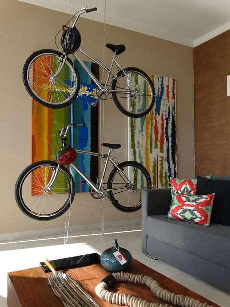 63. Quadros grandes para sala com desenhos abstratos. Projeto por Talita Arruda Silva