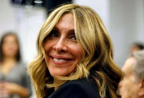 Carole Ghosn, mulher de Carlos Ghosn, durante entrevista coletiva do ex-presidente da Nissan em Beirute 08/01/2020 REUTERS/Mohamed Azakir