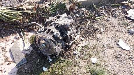 Destroços de avião ucraniano que caiu no Irã 08/01/2020 Imagem obtida em vídeo em rede social via REUTERS