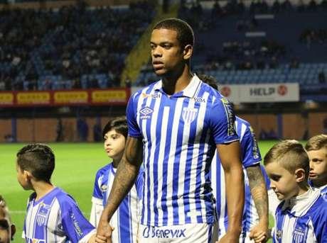 Caio Paulista disputou seu primeiro Brasileiro em 2019 (Frederico Tadeu/Avaí)