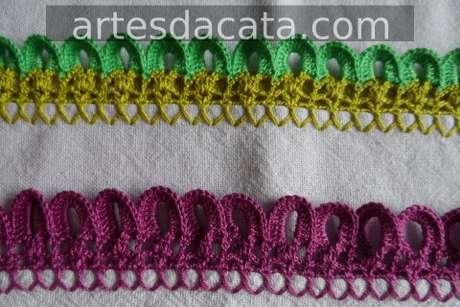 46. Bico de crochê formando argolinhas nas pontas. Foto de Artes da Cata