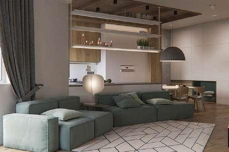 29. Decoração para sala ampla e moderna com conjunto de sofá – Foto: Pinosy