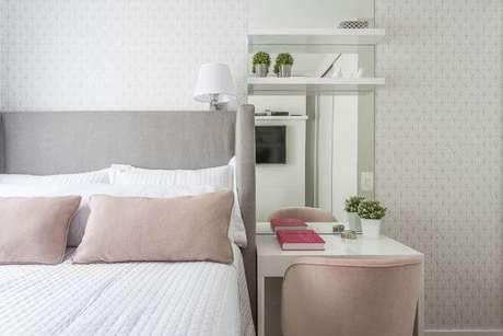 46. Quarto cinza e rose – Projeto: Spaze Arquitetura e Interiores