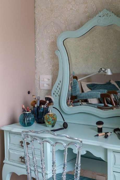 45. Escolha cores lindas para penteadeiras – Projeto: Eliane Mesquita