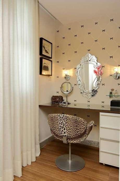 70. Penteadeiras personalizadas com o quarto – Foto: Rodrigo Fonseca