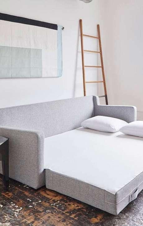 5. O sofá cama é um móvel muito funcional para casas pequenas – Foto: Pinterest