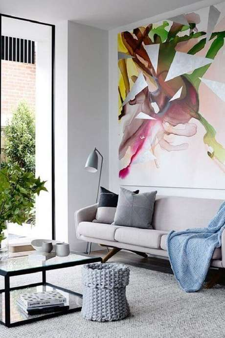 75. Sofá cinza para decoração de sala moderna e sofisticada – Foto: Revista Micasa