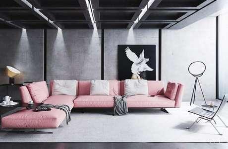 84. Sofá de canto cor de rosa para decoração de sala cinza contemporânea – Foto: Behance