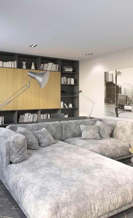 92. O melhor sofá para sala de TV é aquele bem amplo e confortável – Foto: Pinterest