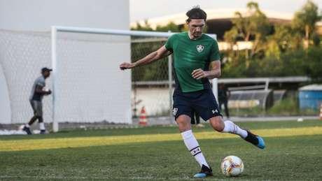 Matheus Ferraz se recuperou de lesão (Foto: LUCAS MERÇON / FLUMINENSE F.C)