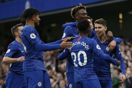 Chelsea bateu o Burnley por 3 a 0 (Foto: IAN KINGTON / AFP)