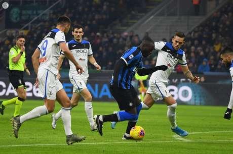 Internazionale e Atalanta acabaram ficando no 1 a 1 no Giuseppe Meazza (Foto: Reprodução/Twitter)
