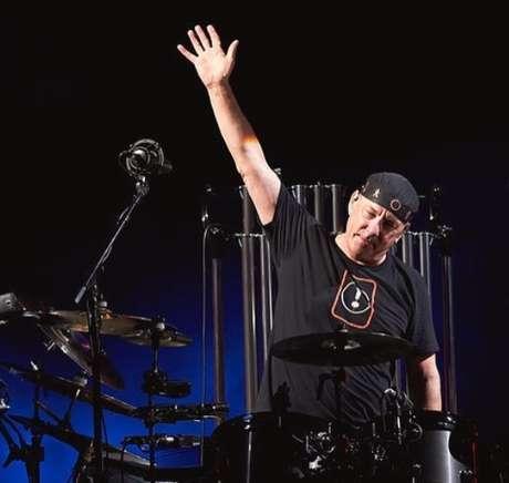 Morre o baterista da banda Rush, Neil Peart