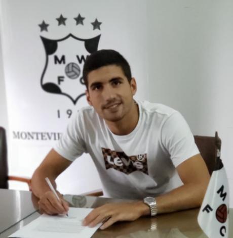 Federico Barrandeguy deve ser anunciado em breve como novo lateral-direito do Botafogo (Foto: Divulgação/Montevideo Wanderes)