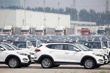 Pátio com automóveis da Hyundai na China. 30/8/2017.  REUTERS/Thomas Peter