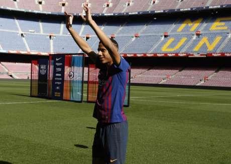 Zagueiro chegou ao Barcelona em 2019 e já está sendo emprestado para futebol alemão (Foto: Reprodução)